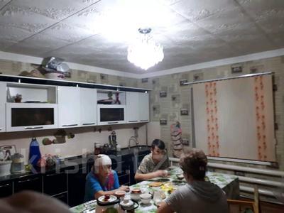 9-комнатный дом, 197.8 м², 8 сот., Массив Барысхан ул.Жетитобе 16 за 25 млн 〒 в Таразе — фото 11