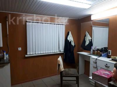 9-комнатный дом, 197.8 м², 8 сот., Массив Барысхан ул.Жетитобе 16 за 25 млн 〒 в Таразе — фото 13