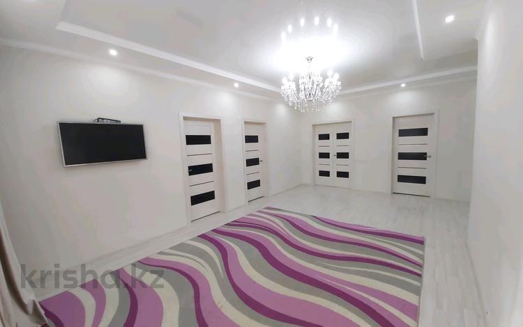 4-комнатный дом, 130 м², 7 сот., улица Тауелсиздик за 30 млн 〒 в Уральске
