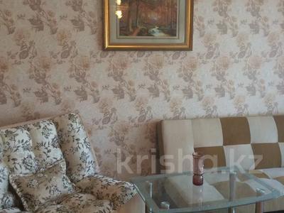 1-комнатная квартира, 34 м², 9/9 этаж помесячно, Толстого 82 — Кутузова за 65 000 〒 в Павлодаре — фото 3