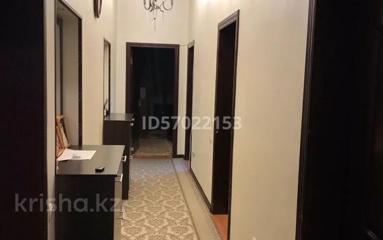 3-комнатная квартира, 96 м², 3/4 этаж, Орынбаева 23 — Майлы кожа за 29 млн 〒 в Шымкенте, Аль-Фарабийский р-н