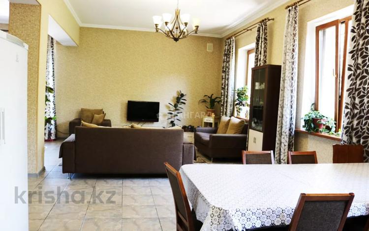 6-комнатный дом, 301.8 м², 8.5 сот., мкр Алатау (ИЯФ) за 67 млн 〒 в Алматы, Медеуский р-н