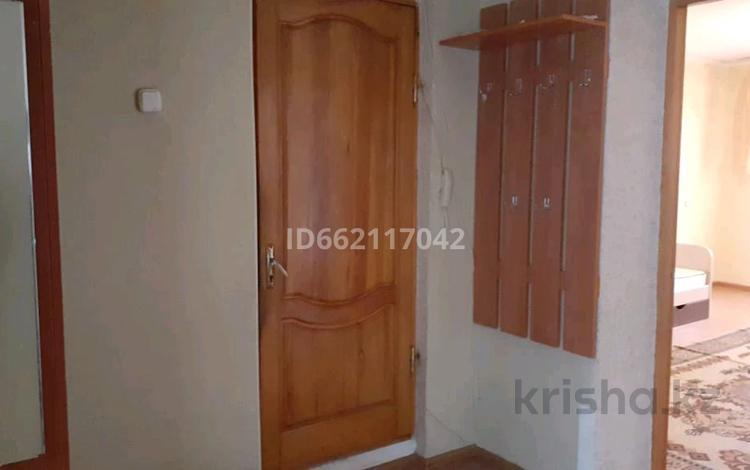 3-комнатная квартира, 55 м², 5/6 этаж помесячно, Садовая улица 73 за 85 000 〒 в Костанае