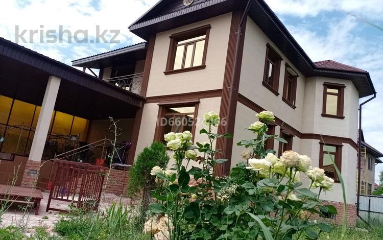 12-комнатный дом, 280 м², 8 сот., Тұздыбастау 202 — Жайлау за 55 млн 〒 в Талгаре