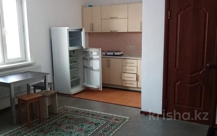 2-комнатная квартира, 45 м², 2/3 этаж помесячно, Мкр Юго-Восток (левая сторона), Бекарыс 25 за 90 000 〒 в Нур-Султане (Астана), Алматы р-н