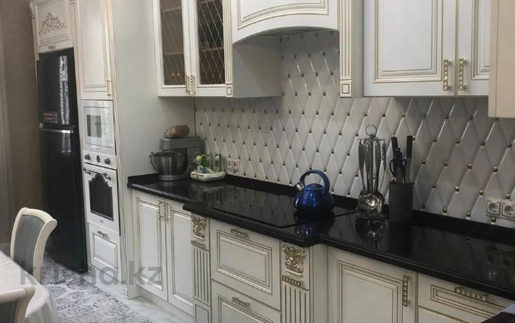 3-комнатная квартира, 103 м², 2/16 этаж, Навои за 59 млн 〒 в Алматы, Бостандыкский р-н