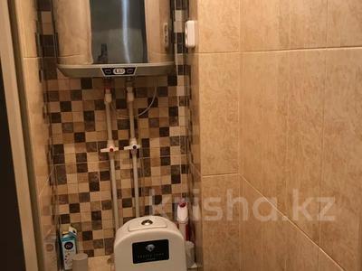 3-комнатная квартира, 67 м², 1/9 этаж, Гапеева за 16.5 млн 〒 в Караганде, Казыбек би р-н