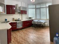 2-комнатная квартира, 56 м², 2/5 этаж на длительный срок, Канцева 11 — Драма Театра за 140 000 〒 в Атырау