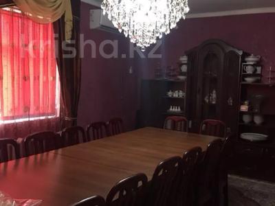 6-комнатный дом, 200 м², 10 сот., Жансугурова 11 за 16.9 млн 〒 в Талдыкоргане — фото 4