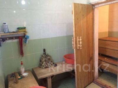 6-комнатный дом, 200 м², 10 сот., Жансугурова 11 за 16.9 млн 〒 в Талдыкоргане — фото 9