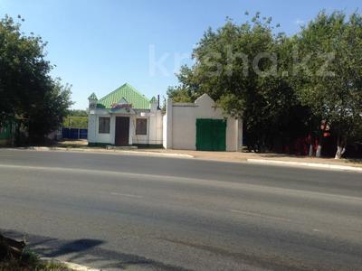 Магазин площадью 100 м², Алмазова — Чагано-Набережная за 40 млн 〒 в Уральске