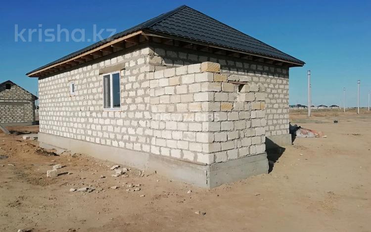 3-комнатный дом, 74 м², 8 сот., 28 4 — 2 за 9 млн 〒 в Зарослом