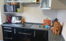3-комнатная квартира, 58 м², 5/5 этаж, мкр Михайловка , Михайловка Крылова 4 за 24 млн 〒 в Караганде, Казыбек би р-н
