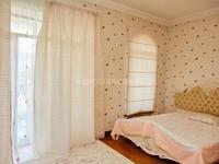 8-комнатный дом, 561 м², 15 сот.