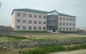 Здание, площадью 1903 м², Ниеткалиева 91А — Уг ул Аппасова за 350 млн 〒 в Таразе