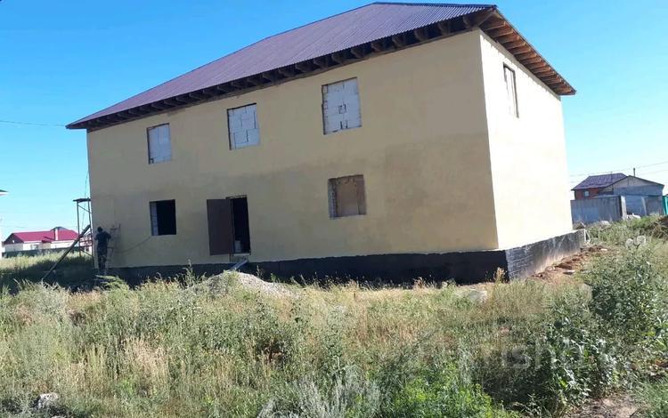 8-комнатный дом, 380 м², 10 сот., Мкр 20 260 за 10.5 млн 〒 в Косшы