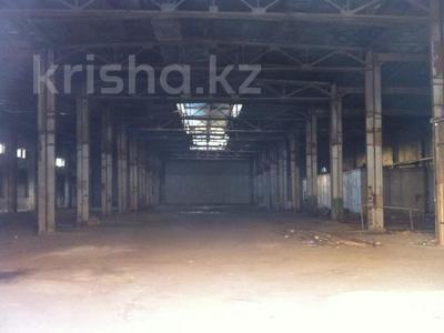Здание, Шугаева 153 площадью 3700 м² за 400 〒 в Семее — фото 3