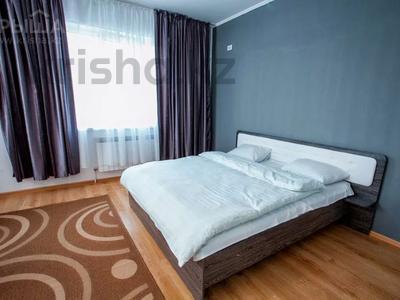 2-комнатная квартира, 60 м², 6/12 этаж посуточно, Сыганак 10 — Сауран за 11 000 〒 в Нур-Султане (Астана), Есильский р-н