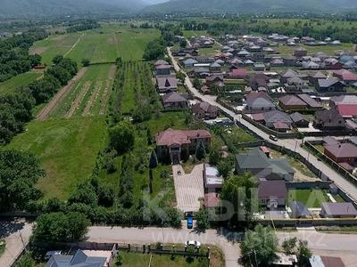 8-комнатный дом, 382 м², 130 сот., Суюнбая 764 за 108 млн 〒 в Каскелене