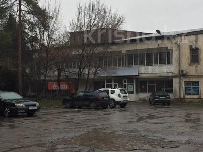 Здание, площадью 1962 м², Ратушного за 235 млн 〒 в Алматы, Жетысуский р-н