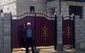 7-комнатный дом, 240 м², 8 сот., Кызылсуат — улица Майбалык за 22 млн 〒 в Нур-Султане (Астана), Алматы р-н