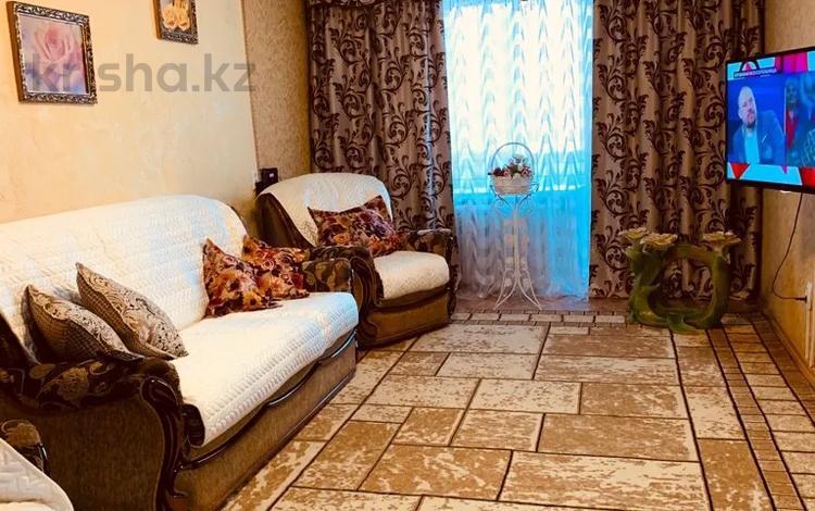 2-комнатная квартира, 47 м², 2/5 этаж посуточно, Кутузова 3/1 — Торайгырова за 8 000 〒 в Павлодаре