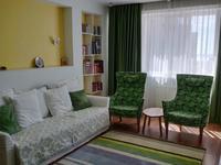 2-комнатная квартира, 70 м², 3 этаж помесячно