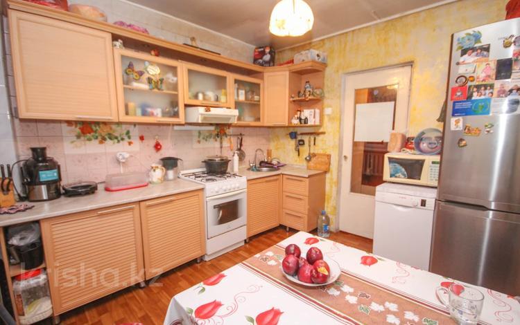 4-комнатный дом, 90 м², 5.6 сот., Жансугурова 337 за 48 млн 〒 в Алматы, Турксибский р-н