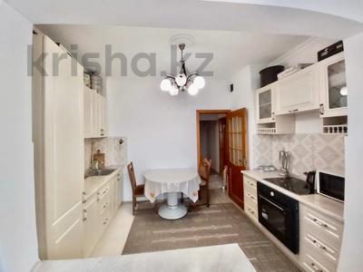 1-комнатная квартира, 43 м², 1/3 этаж, Утеген Батыра за 17 млн 〒 в Алматы, Ауэзовский р-н