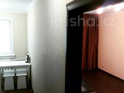 1-комнатная квартира, 35 м², 5/5 этаж посуточно, Кутузова 33 — Суворова за 6 500 〒 в Павлодаре — фото 2