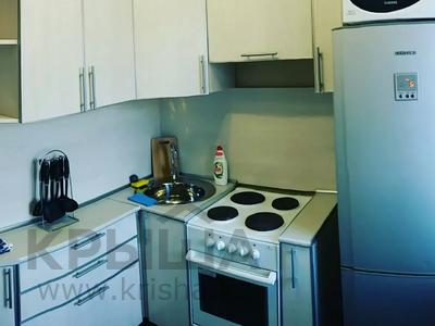 1-комнатная квартира, 35 м², 5/5 этаж посуточно, Кутузова 33 — Суворова за 6 500 〒 в Павлодаре — фото 9