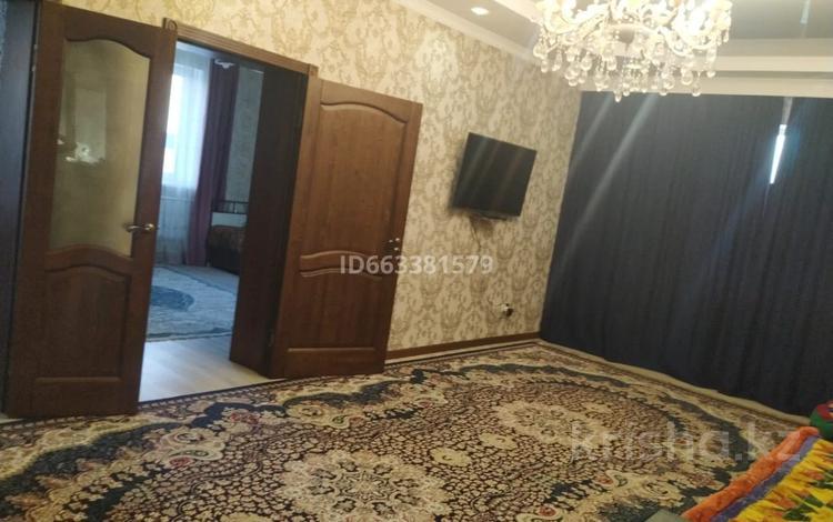 9-комнатный дом, 251.3 м², 8 сот., Село Коянкус, Иманова 127 — ул. Иманова 127 за 40 млн 〒