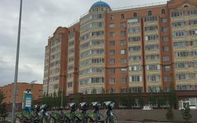2-комнатная квартира, 77 м², 9/9 этаж, С 409 25 за 22.9 млн 〒 в Нур-Султане (Астана), Сарыарка р-н