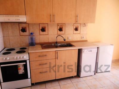2-комнатная квартира, 63 м², 8/9 этаж, Аккент за 24.5 млн 〒 в Алматы, Алатауский р-н