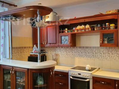 2-комнатная квартира, 100 м², 11/15 этаж, мкр Мамыр-3, Мамыр — Шаляпина за 42.5 млн 〒 в Алматы, Ауэзовский р-н