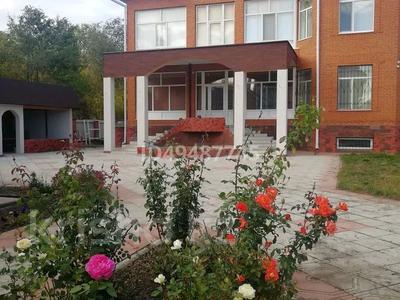 10-комнатный дом, 600 м², 10 сот., Даумова 77 за 150 млн 〒 в Уральске — фото 6