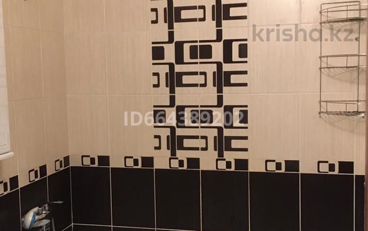 1-комнатная квартира, 41 м², 4/5 этаж, Ленина 15 за 10.8 млн 〒 в Семее