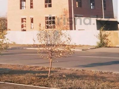Здание, площадью 500 м², Тауелсыздык — Темирбаева за 35 млн 〒 в Костанае