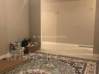 2-комнатная квартира, 64 м², 10/12 этаж, Мухамедханова 4 — 306 за ~ 32.8 млн 〒 в Нур-Султане (Астане), Есильский р-н