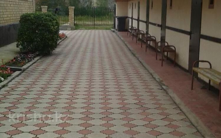 6 комнат, 20 м², Обозная 8а за 4 000 〒 в Бурабае