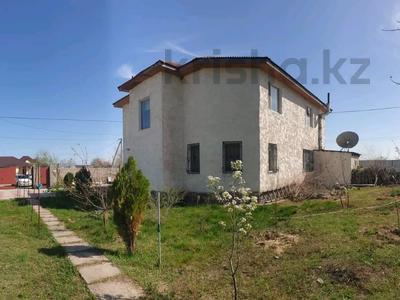 5-комнатный дом, 260 м², 12 сот., мкр Восточный 19А за 22.5 млн 〒 в Капчагае