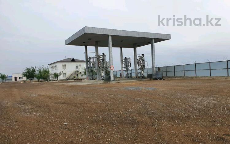 Нефтебазу в г.Актау за 3.3 млн 〒