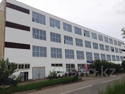 Здание, площадью 4617 м², Интернациональная 2 б за 250 млн 〒 в Петропавловске