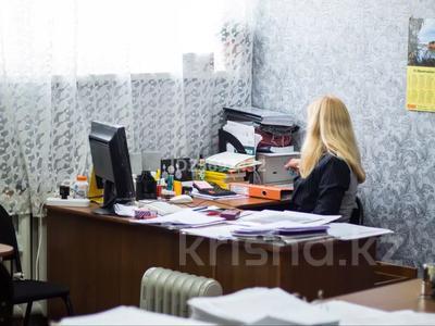Здание, площадью 4617 м², Интернациональная 2 б за 250 млн 〒 в Петропавловске — фото 16