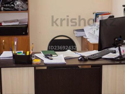 Здание, площадью 4617 м², Интернациональная 2 б за 250 млн 〒 в Петропавловске — фото 17