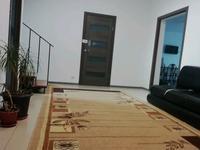 6-комнатный дом помесячно, 211 м², 4 сот.