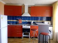 1-комнатная квартира, 35 м² посуточно, улица Казахстан 72 за 5 000 〒 в Усть-Каменогорске