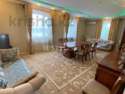 7-комнатный дом, 500 м², 20 сот., мкр Шапагат , Пазикова 6 за 87 млн 〒 в Шымкенте, Енбекшинский р-н