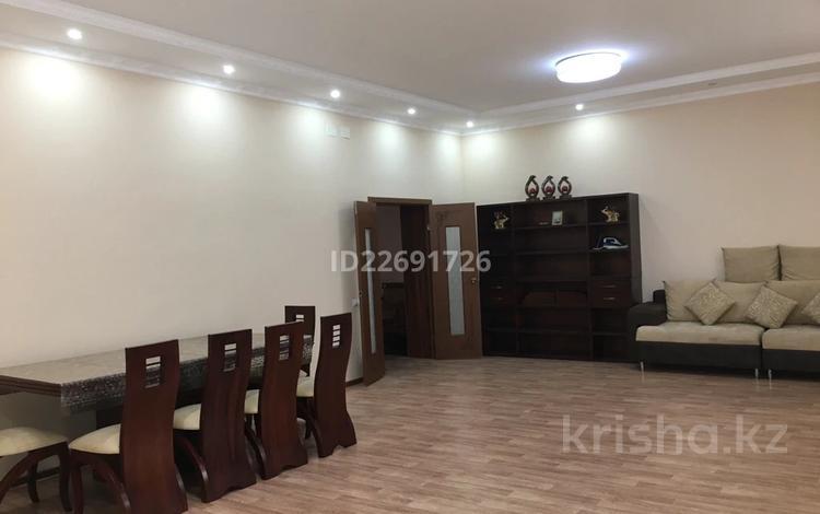 7-комнатный дом помесячно, 650 м², Мкр. Шыгыс-2 за 600 000 〒 в Актау