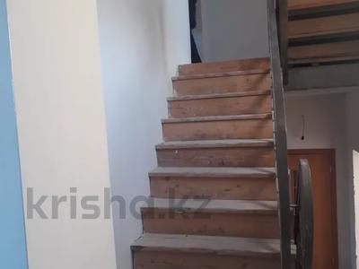 7-комнатный дом, 320 м², 10 сот., Ондасынова 73 за 26.5 млн 〒 в Караганде — фото 2